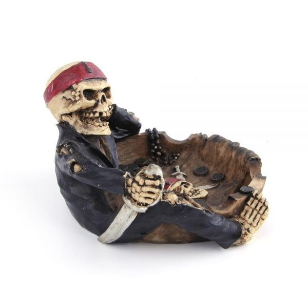 ashtray head of dead pirate