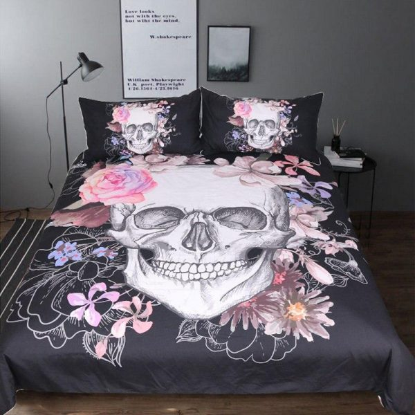 cover of quilt head of dead skull flowery great king had 240x260cm buy