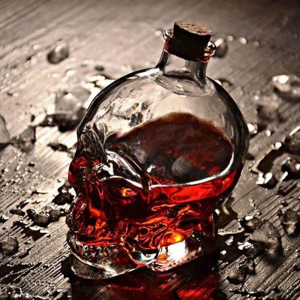 glass head of dead carafe at whiskey 750ml not dear