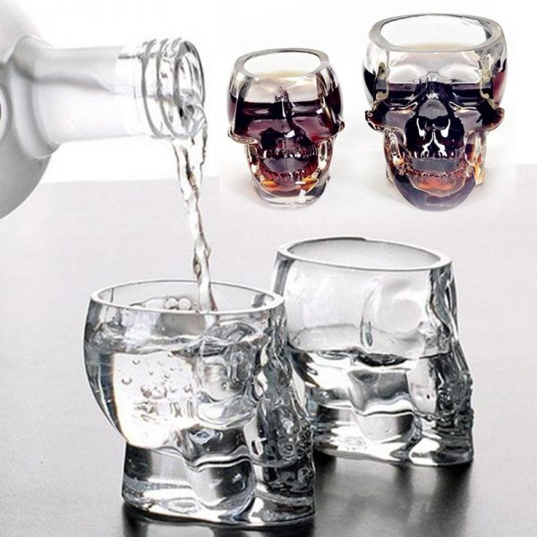 glass head of dead whiskey lot of 2 rooms at sell