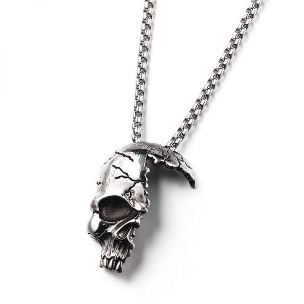 necklace head of dead skull smashed