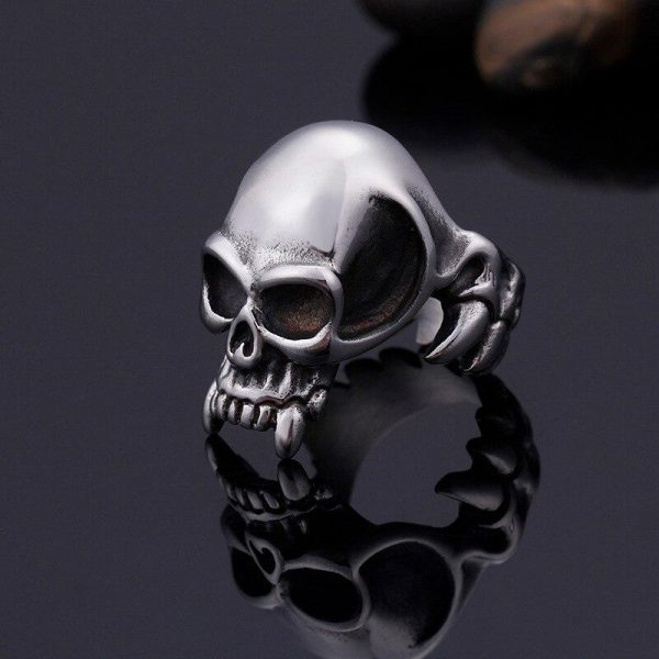 ring head of dead fangs of vampire steel 65
