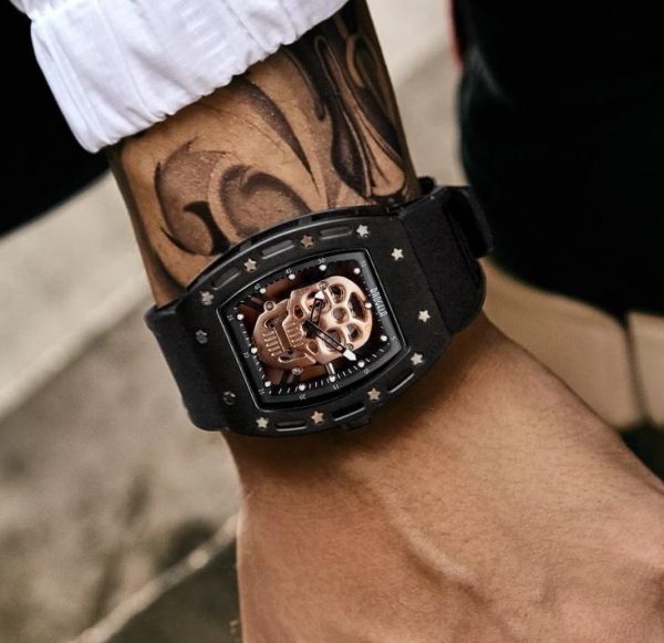 watch head of dead skull metal black gold not dear